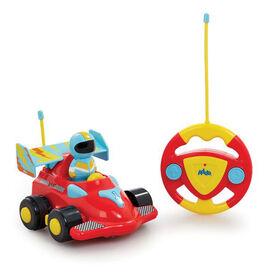 Ma première voiture de course téléguidée - Notre exclusivité