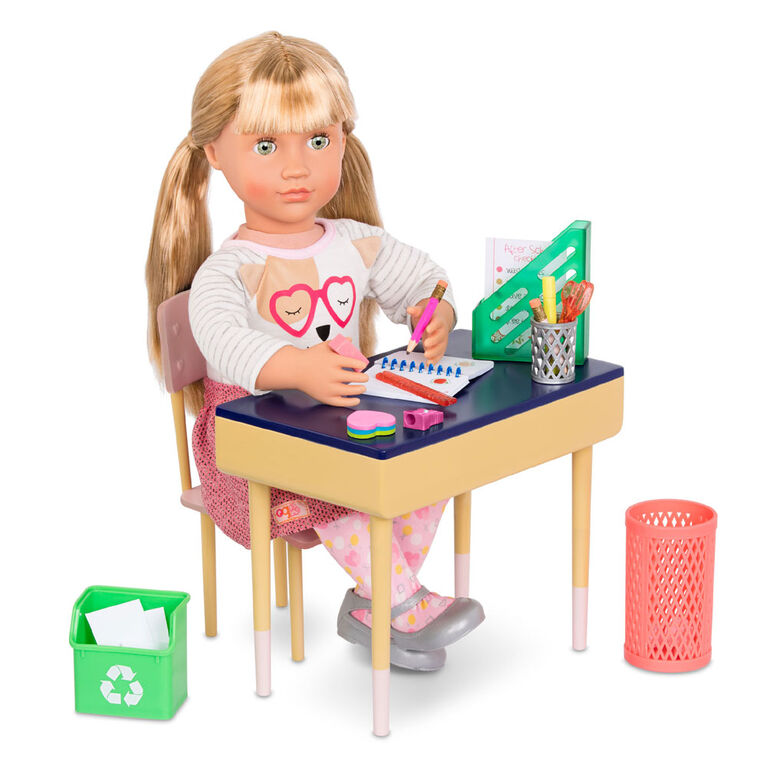 Our Generation, Yummy Pizzeria Set, 18-inch Doll Pizza Play Food Accessories