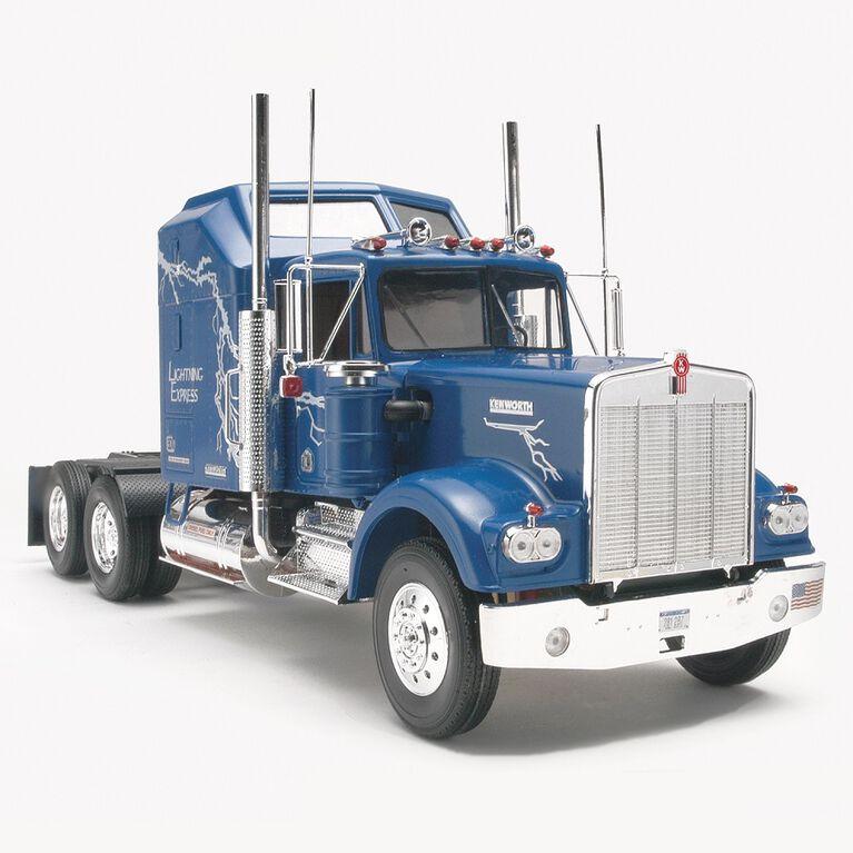 Revell Kenworth W 900 - Model