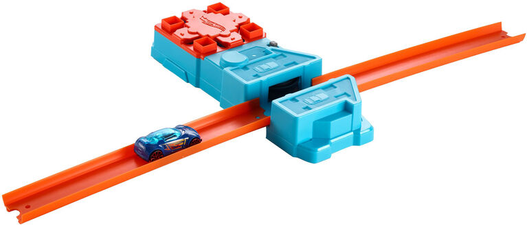 Hot Wheels Track Builder Booster Pack Playset