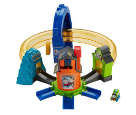Fisher-Price Thomas & Friends MINIS Boost 'n Blast Stunt Set