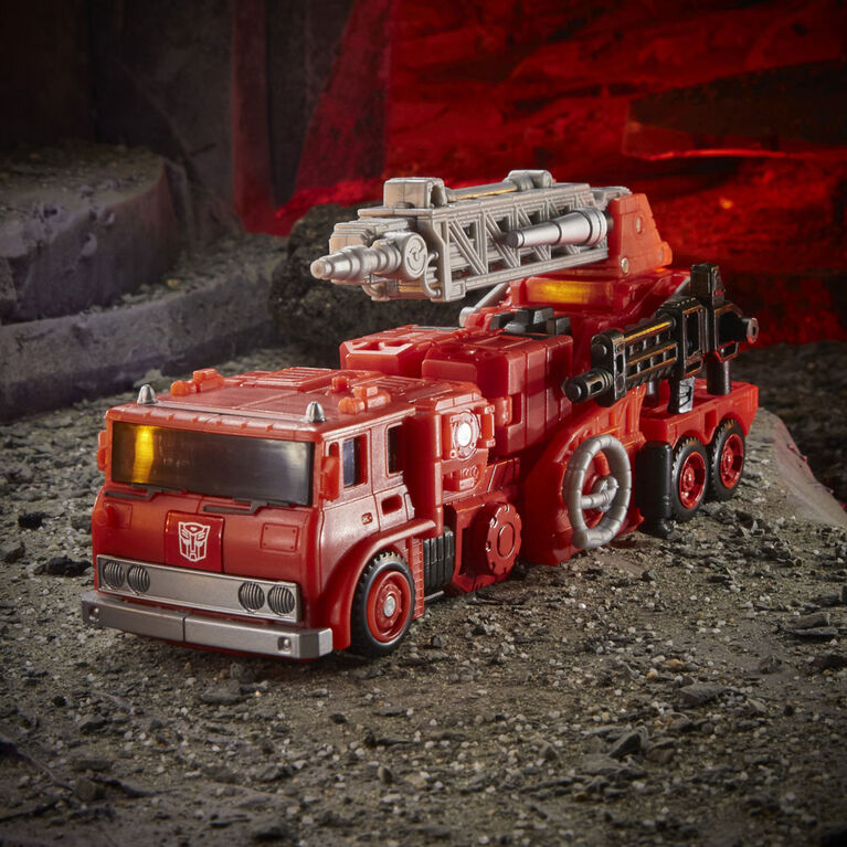 Transformers Generations War for Cybertron: Kingdom Inferno WFC-K19 Voyageur
