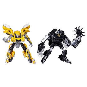 Transformers Buzzworthy Bumblebee Studio Series Clunker Bumblebee 27BB et Barricade 28BB classe Deluxe - Notre exclusivité