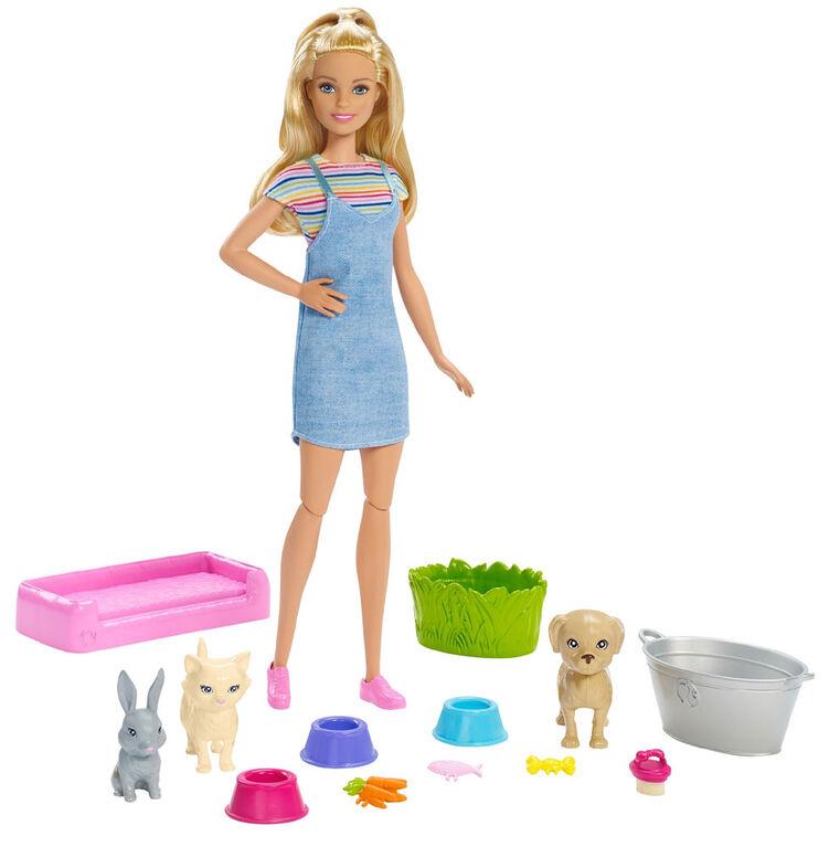 Coffret de jeu Bain des animaux Barbie avec poupée Barbie blonde et 3 figurines d'animaux à changement de couleur