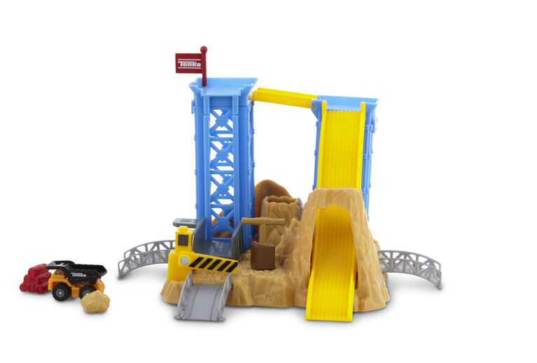 Tonka Tinys Blast & Dash Quarry Playset