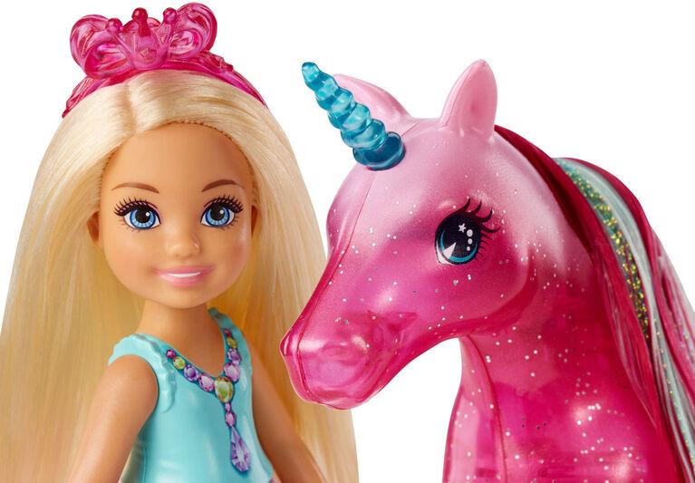 Barbie Dreamtopia Chelsea Doll and Unicorn - R Exclusive