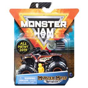 Monster Jam, Official Monster Mutt Rottweiller Monster Truck, Ruff Crowd Series, 1:64 Scale