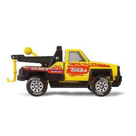 Tonka - Camion de remorquage en acier.