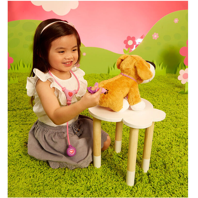 Make Me Better Mitts Plush Interactive Pet From Lilly Tikes by Little Tikes - English Edition