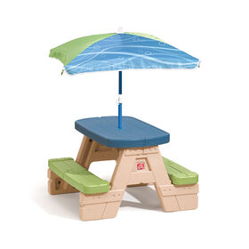 Step2 - Sit & Play Picnic Table with Umbrella