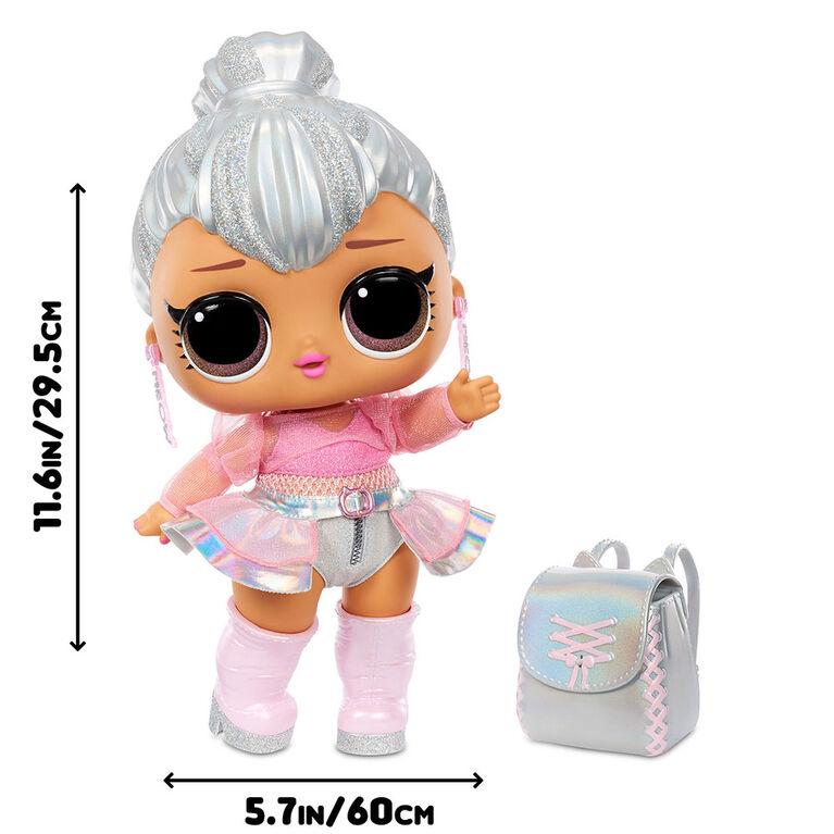 L.O.L. Surprise! Big B.B. (Big Baby) Kitty Queen - Grande poupée de 12 po, articles mode à déballer, chaussures, accessoires, inclut un bureau, un fauteuil et une toile de fond