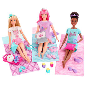 Barbie Princess Adventure Playset with Barbie Doll, Daisy Doll and Nikki Doll in Pajama Fashions