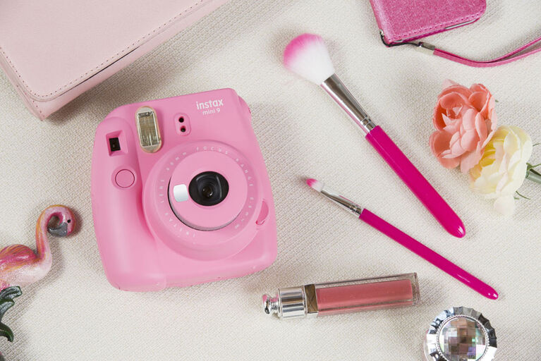 Appareil photo Instax Mini 9 de Fujifilm - Rose Flamant