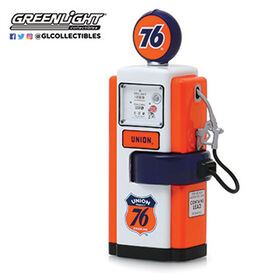 1:18 Vintage Gas Pumps Ast. - Union 76 - Colours and styles may vary