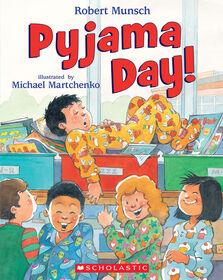 Robert Munsch - Pyjama Day - English Edition