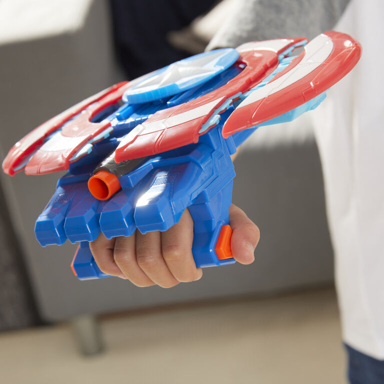 Marvel Avengers Mech Strike, Bouclier lance-fléchette de Captain America, jouet de déguisement, 3fléchettes NERF