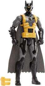Batman Missions - Mouvements réels - Figurine Batman Combinaison Antitoxine.