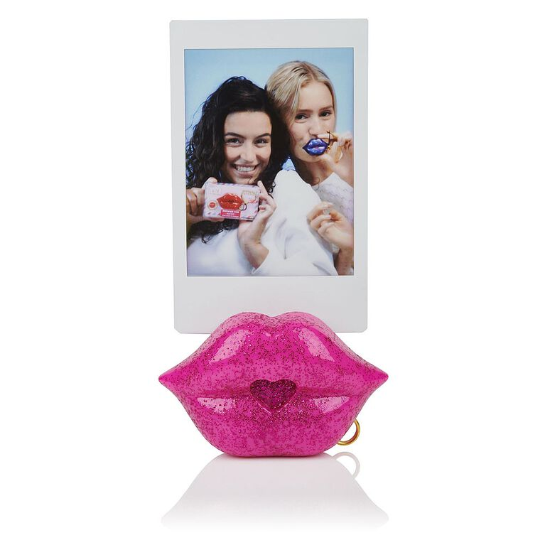 S.W.A.K. - Interactive Kissable Key Chain - Glimmer Kiss - By WowWee