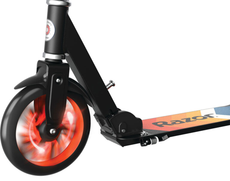 Razor - A5 Lux Lighted Scooter