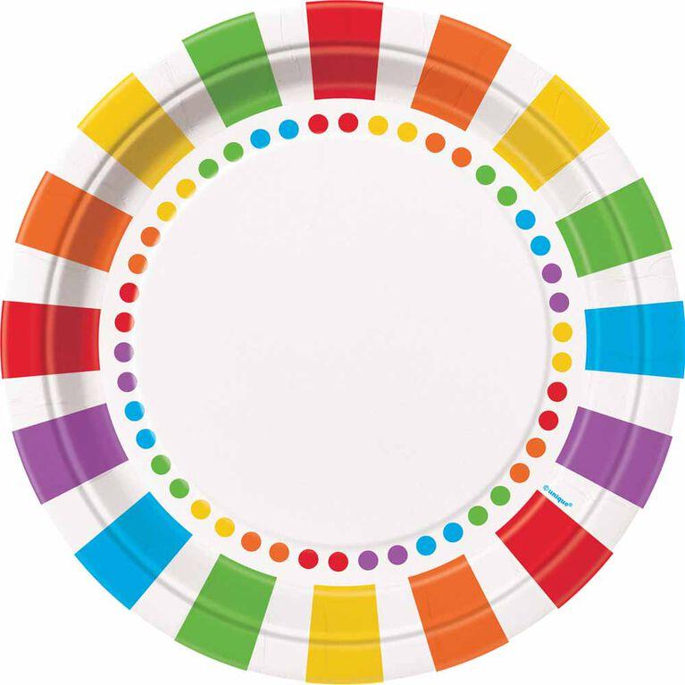 Rainbow Birthday Assiettes 9po, 8un