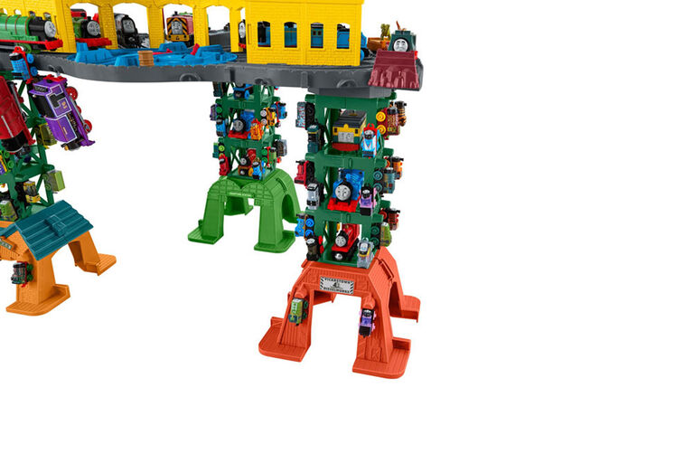 Fisher-Price Thomas & Friends Super Station