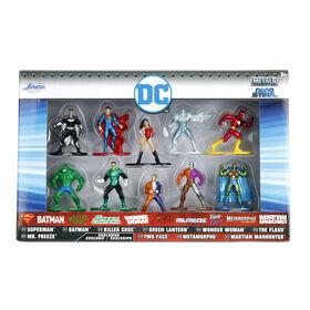 Emballage de 10 figurines en métal DC nanoformat