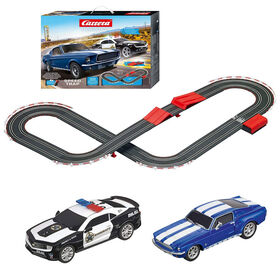 Carrera Racing System - Speed Trap 1:43 Scale Battery Operated Slot Car Racetrack - Blue Mustang versus Chevrolet Camaro Sheriff Car