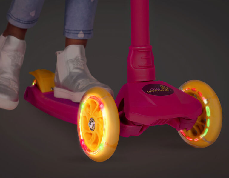 Our Generation, By My Side Scooter, Scooter with Doll Carrier - English Edition