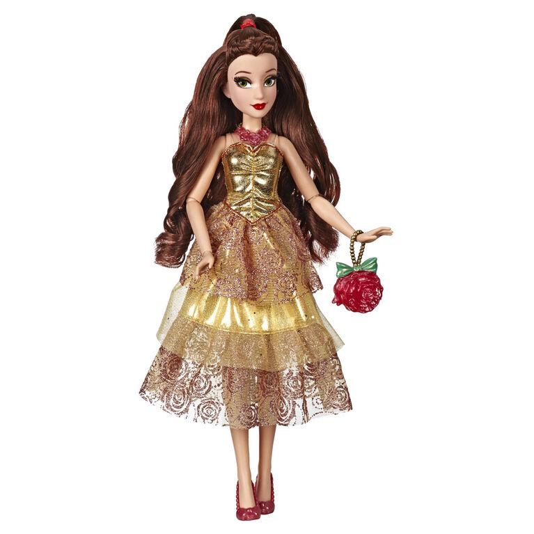 Disney Princess, série Style, poupée Belle au style moderne avec sac à main et chaussures