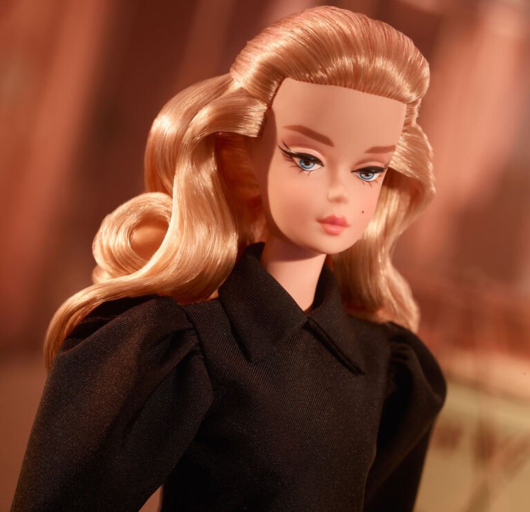 Barbie Best In Black Doll - English Edition