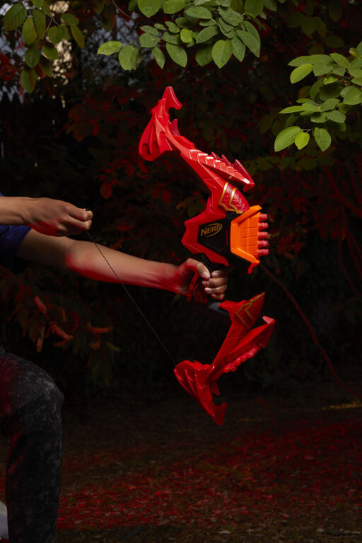 Nerf DragonPower, arc à fléchettes Skyblaze, inspiré de Dungeon and Dragons - Notre exclusivité