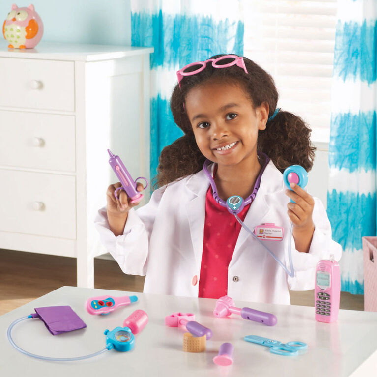 Learning Resources Pretend & Play Doctor Set, Pink - English Edition