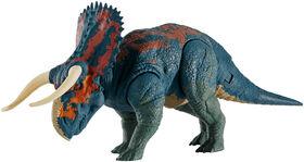 Jurassic World Dual Attack Nasutoceratops.