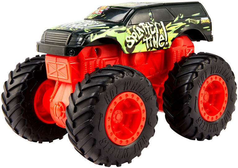 Hot Wheels Monster Trucks 1:43 Bash Ups Mix #1 Cyber Crush - Styles May Vary