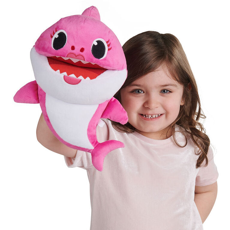 Pinkfong Baby Shark Song Puppet with Tempo Control - Mommy Shark