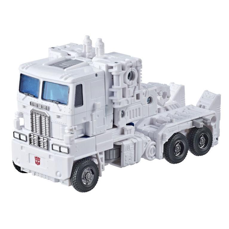 Transformers Generations War for Cybertron: Kingdom - WFC-K20 Ultra Magnus classe Leader