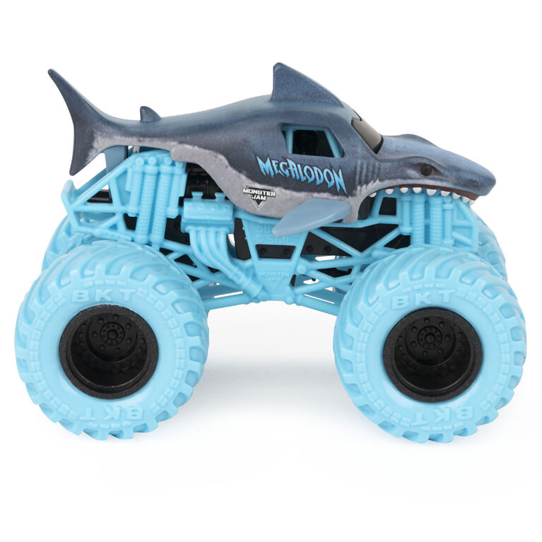Monster Jam, Official Megalodon 1:64 Scale Monster Truck and 5-inch Big Tooth Creatures Action Figure