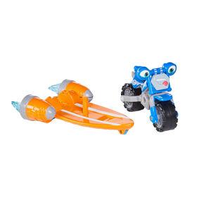 Voiture de Course et Action Loop Hoopla Ricky  Zoom avec un accessoire Vroomboard Action deluxe - Figurine 3po- les Roues mobiles, se tient débout, Jouet Moto - Notre exclusivité