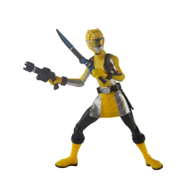 Power Rangers Beast Morphers Yellow Ranger 6-inch Action Figure