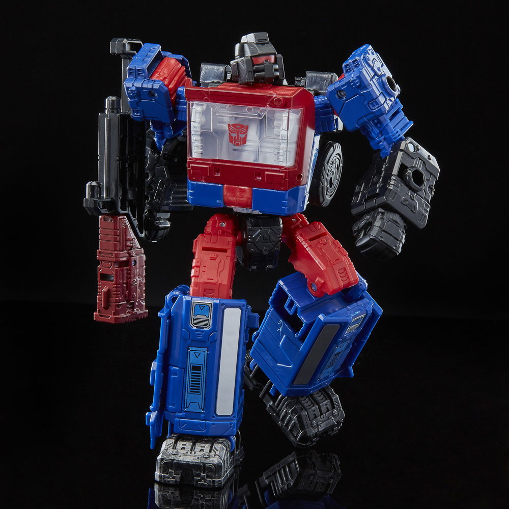 NEW TRANSFORMER GENERATIONS SIEGE WAR FOR CYBERTRON WFC DELUXE Crosshairs FIGURE